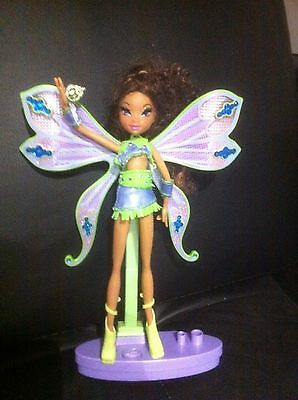 Layla Sur Socle      Winx  Winx  Doll