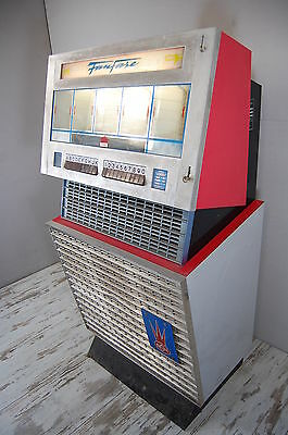 Jukebox NSM Modell Fanfare Silber