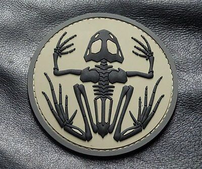 fbfefc49a7b46 US Navy Seals Bone Frog Skull Skeleton DEVGRU 3D PVC Rubber Morale Hook  Patch