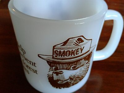 1960s SMOKEY THE BEAR MUG-HELP PREVENT FOREST FIRES- GREAT SHAPE