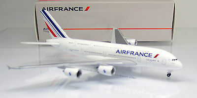 "Herpa Wings 515634-003  Air France Airbus A380-800 Reg.: "" F-HPJJ ""  Scale 1/500"