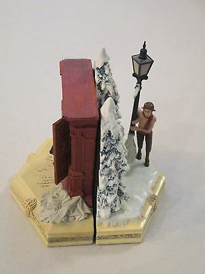 Narnia The Lion The Witch and the Wardrobe Set of Bookends Walt Disney
