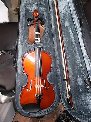 Primavera 200 1/2 Size Violin In Hard Case