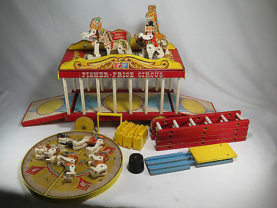 Vintage Fisher Price Little People Big Preforming Circus Wagon Train #900 1962
