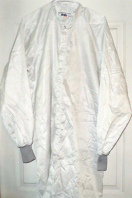 New~Cleanroom Lab Coat/Smock/Frock Polyester/Carbon Stripe Fabric sz MED~~CINTAS