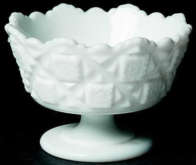 Westmoreland OLD QUILT (MILK GLASS) Footed Mayonnaise Bowl 2657540