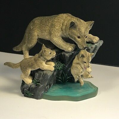 Hamilton Collection Wolf Figurine Sculpture Back Safe Ground Mothers Promise