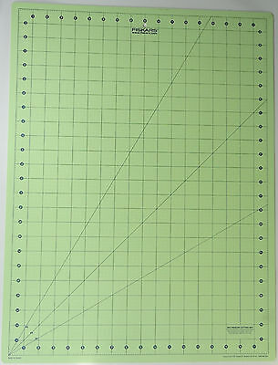 FISKARS Rotary Cutting Mat Self Healing 2 Side 18X24 Quilting Sewing Craft Large