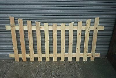 Picket Fence Panels - CONCAVE TOP - 6' x 3'