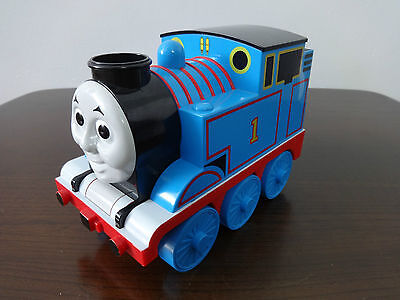 Thomas The Tank Engine Tomy Musical Train Bubble Machine 2006 Childrens toys
