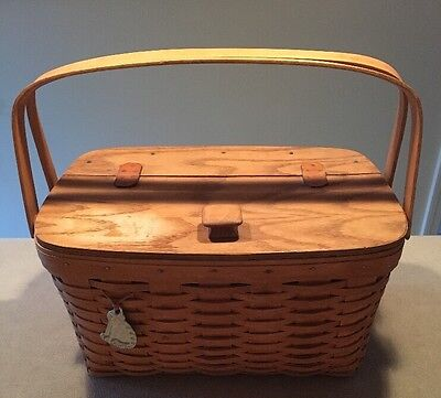"Longaberger 1990 Hostess Heirloom Basket with Cat Tie-on 10x14.5x8""H"
