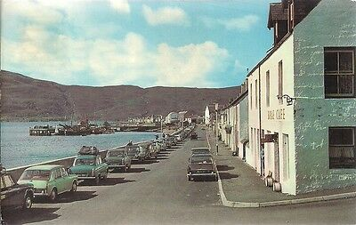 SCARCE POSTCARD - SHORE STREET  ULLAPOOL - ROSS AND CROMARTY C.1972 Vintage Cars