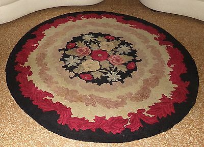 Gorgeous Vintage Hand Hooked Wool Area Rug 6 Feet Diameter Round Floral Scroll
