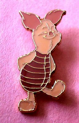 Blissful Piglet from Winnie the Pooh - Taiwan Older Disney Pin