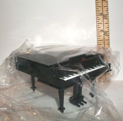 Miniature Re-Ment Grand Piano And Bench Accessory For Dollhouse New Retired