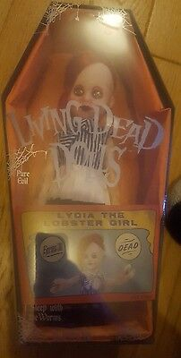 Living Dead Dolls Series 30 Lydia The Lobster Girl Mezco NEW ginger