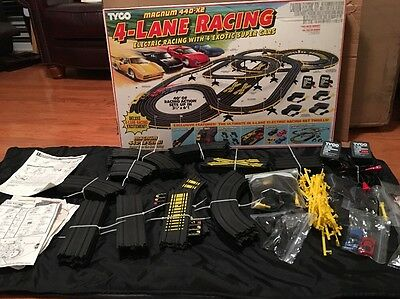 TYCO race track magnum 440x2  4-lane racing  very nice complete with set cars