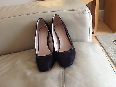 A Great Pair Of Next Black Suede With Patent High Heel Shoes Size 6 UK 39 EU