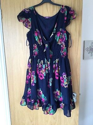 Size  24 By. New Look Inspire.  Ladies Dress