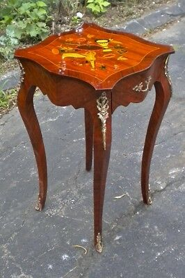 elegant music marquetry Louis XV style SIDE TABLE