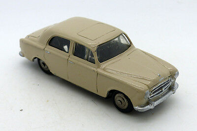 Dinky Toys  - Peugeot 403 Ref 24B - Meccano Made In France - Vintage Car