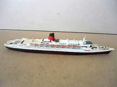 White Metal MERCATOR no.921 CUNARD QUEEN ELIZABETH 2 Cruise Liner 1:1250 Scale