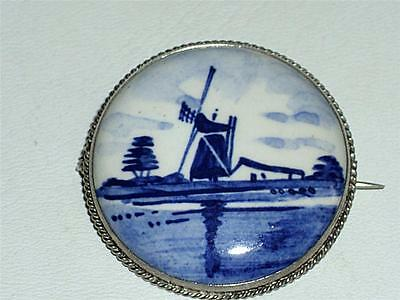 VINTAGE DUTCH STERLING SILVER & DELFT BLUE & WHITE PANEL BROOCH, PIN - 7.5g!