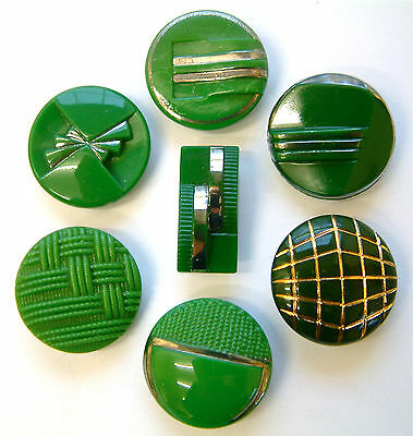 7 Vintage Green Art Deco Glass Buttons, 22mm to 24mm