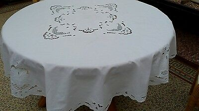 Beautiful Round Vintage Tablecloth White Cotton 72 inches diameter