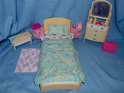 Barbie Doll Dolls House Bed Room Furniture & Accessories