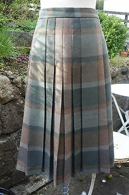 Vintage Green Plaid/Check/Tartan Skirt Size 12-14 - Wartime Granny Chic 40's
