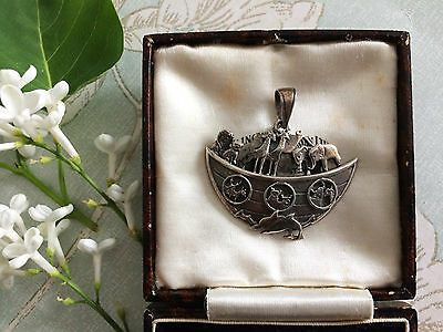 Vintage 70s Sterling Silver Noahs Ark Animals Pendant Religious Necklace. Gift