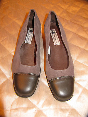 Vintage Suede court shoes Size 6. Grey. Spanish. Worn once.