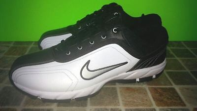 Men (Size 7) or Women (Size 8.5) NIKE superb Golf Shoes !!!