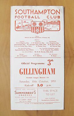 SOUTHAMPTON v GILLINGHAM 1953/1954 *Excellent Condition Football Programme*