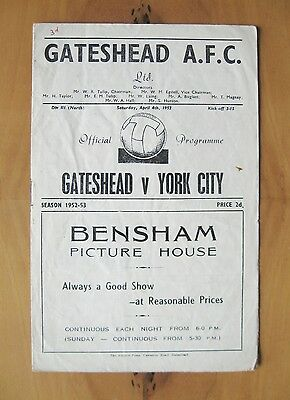 GATESHEAD v YORK CITY 1952/1953 *Good Condition Football Programme*