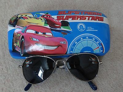 Disney Planes Sunglasses with Disney Cars case - Disney Store - Excell.used