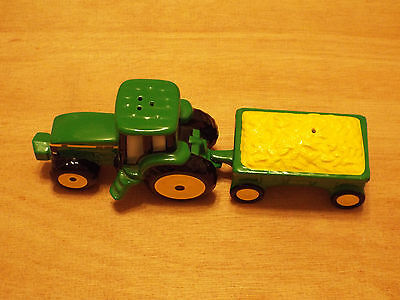1998 John Deere Tractor & Wagon Salt & Pepper Shaker Set Green Enesco