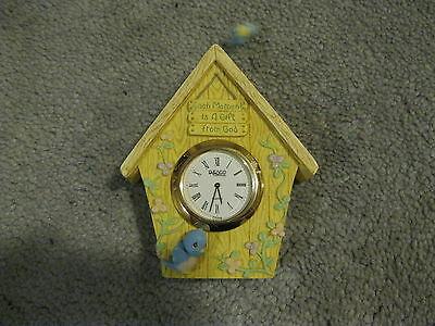 """TINY ENESCO WOODEN 4"""" BIRDHOUSE with WATCH IN MIDDLE LOT - EXCELLENT CONDITION"""