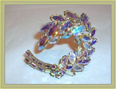 """Sherman YELLOW AB - 2"""" FLORAL CAPPED CURVED LEAF CLUSTER MOTIF BROOCH NR"""