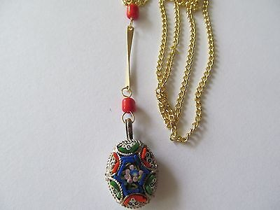 VINTAGE ITALIAN MICRO MOSAIC w/RED BEADS-GOLD STEM DESIGN PENDANT GOLD NECKLACE