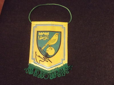 Ruel Fox Signed Norwich Mini Pennant Coa Norwich City Tottenham Newcastle United