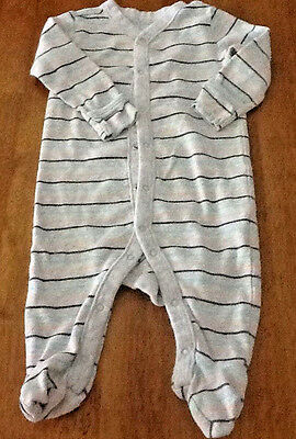 Old Navy Boys Size 3-6 Months Grey Striped Footed Sleeper