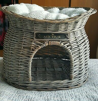 Cat small Dog wicker Basket Michur Large Grey bed Cave  including pillow