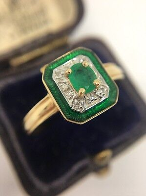 Vintage Enamel Emerald And Diamond Ring Set In Yellow Gold Extremely Pretty Band