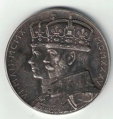 1910 - 1935 JUBILEE GEORGE V MARY STET FORTUNA DOMUS SILVER MEDAL 33mm