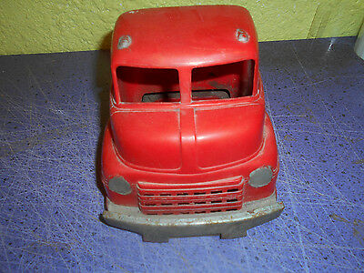 wyandotte semi truck cab chassis for parts