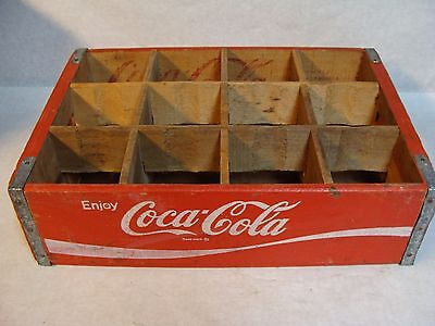 Vintage Awesome Condition 1977 Coke Coca Cola Wood Soda Pop Crate 12 Dividers