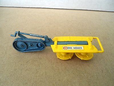 Britains no.9544 Disc Mower In BLUE .1:32 Scale Vintage Item