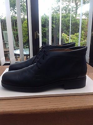 Mens Clarks Black Leather Boots Size Uk 10.5 Great Condition
